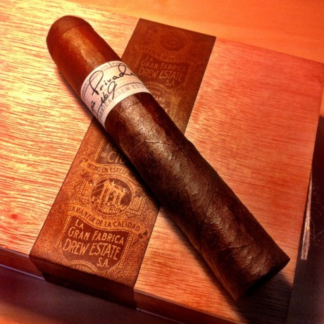 Drew Estates Liga Privada No 9 Robusto